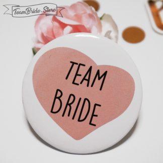 Значка със сърце Team Bride за моминско парти и сватба 1