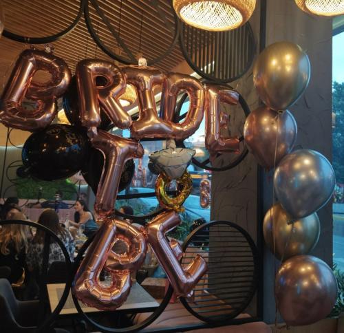 моминско парти банер и балони хром от клиенти